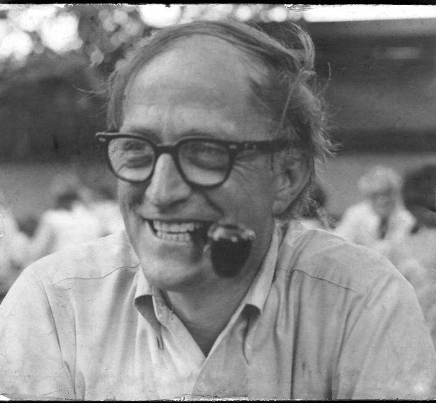 Robert Frei Classic smile black and white